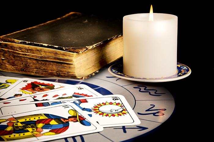 astrologia-e-cartomanzia-modena